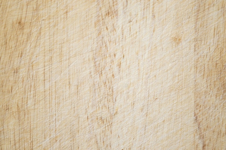 Refinishing Your Kitchen Cabinets to Look New