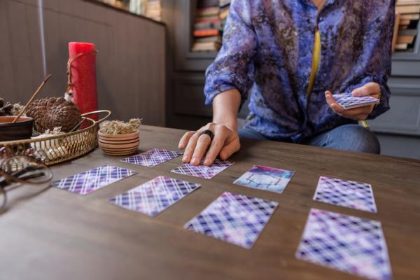 how to choose a tarot card