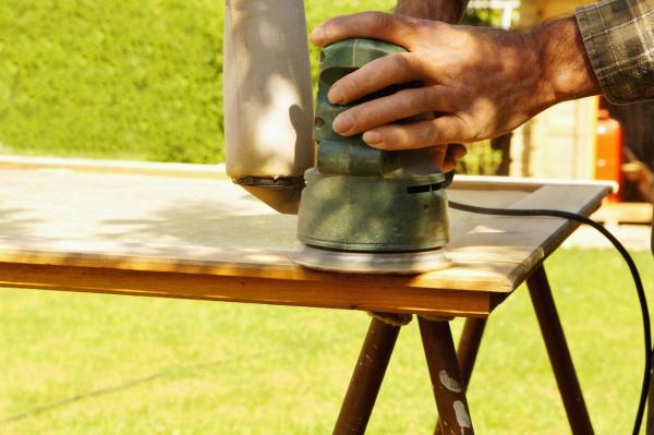 How to strip a piece of furniture